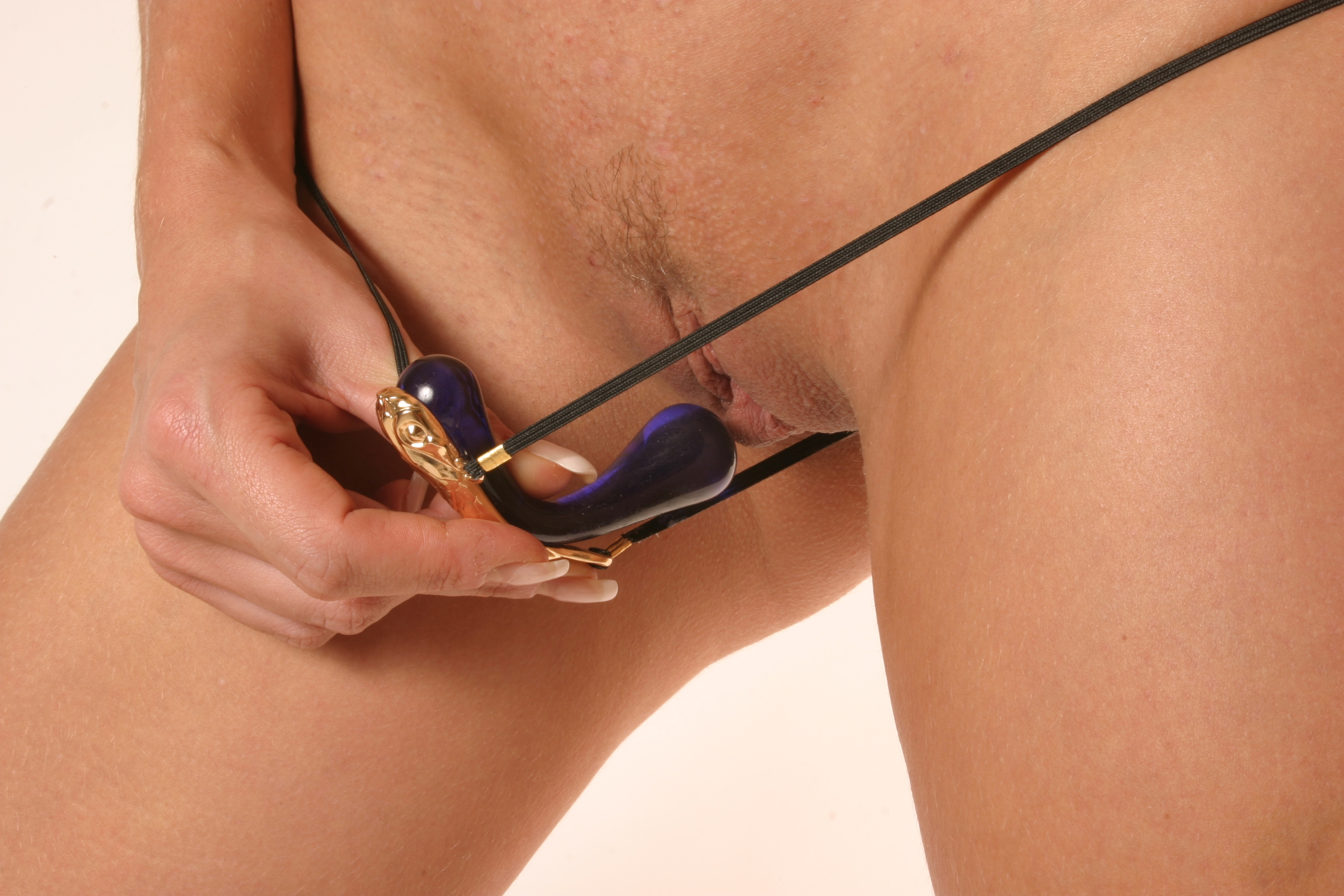 insertable-clit-jewelry